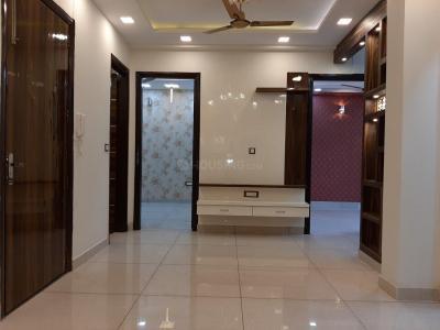 Gallery Cover Image of 885 Sq.ft 3 BHK Independent Floor for buy in Dwarka Mor for 4500000