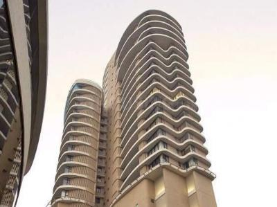 Gallery Cover Image of 2500 Sq.ft 4 BHK Apartment for rent in Worli for 395000