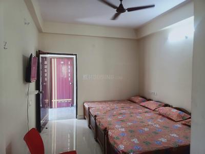 Bedroom Image of Vr Luxury Men's Hostel & PG in Madhapur