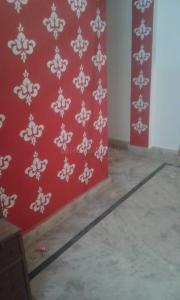 Gallery Cover Image of 450 Sq.ft 1 BHK Independent Floor for buy in Govindpuri for 1400000