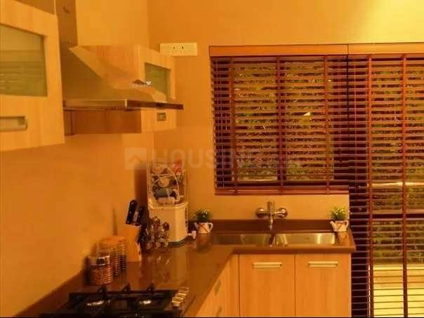 Kitchen Image of 2055 Sq.ft 4 BHK Apartment for buy in Vrindavan Yojna for 9400000
