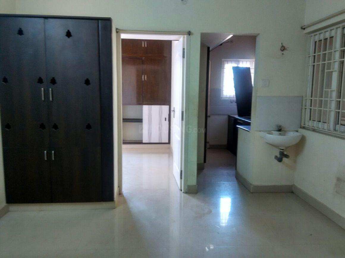 Living Room Image of 800 Sq.ft 2 BHK Apartment for rent in Pammal for 9000