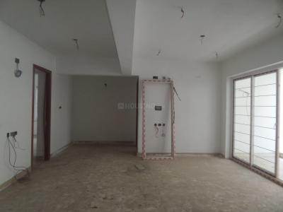 Gallery Cover Image of 2000 Sq.ft 3 BHK Apartment for rent in T Nagar for 70000