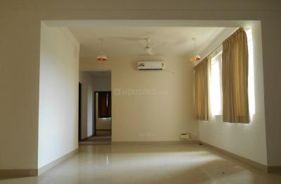 Gallery Cover Image of 1957 Sq.ft 3 BHK Apartment for rent in Metropolis, Maraimalai Nagar for 30000