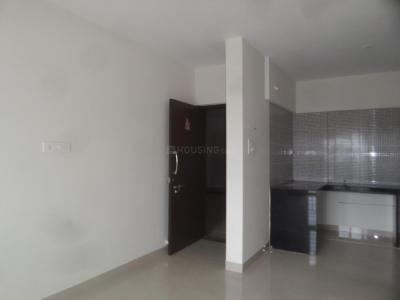 Gallery Cover Image of 633 Sq.ft 1 BHK Apartment for rent in Gemini Grand Bay, Manjari Budruk for 11000