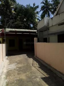 Gallery Cover Image of 1400 Sq.ft 3 BHK Independent House for rent in Jagathy for 20000