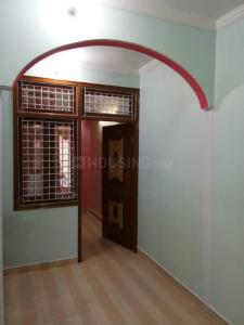 Gallery Cover Image of 378 Sq.ft 1 BHK Independent Floor for rent in Geeta Colony for 9000