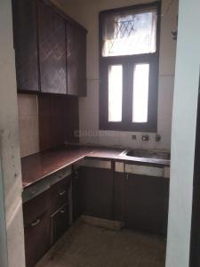 Gallery Cover Image of 750 Sq.ft 1 RK Independent Floor for rent in Niti Khand for 9500