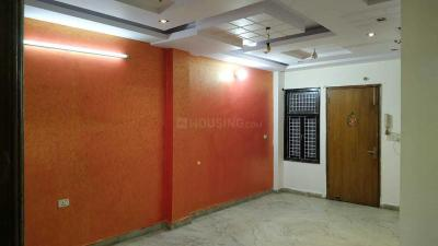 Gallery Cover Image of 900 Sq.ft 3 BHK Independent Floor for rent in Dwarka Mor for 13000