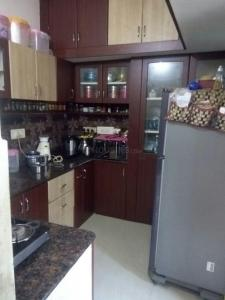 Gallery Cover Image of 850 Sq.ft 2 BHK Apartment for rent in Karayanchavadi for 10000