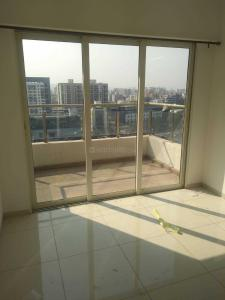 Gallery Cover Image of 1040 Sq.ft 3 BHK Apartment for rent in Wakad for 28000