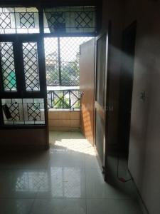 Gallery Cover Image of 1150 Sq.ft 2 BHK Apartment for rent in Sector 62 for 15000