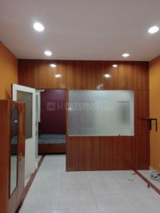 Gallery Cover Image of 950 Sq.ft 1 BHK Independent Floor for rent in Chittaranjan Park for 23000