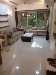 Gallery Cover Image of 610 Sq.ft 1 BHK Apartment for rent in Andheri West for 35000