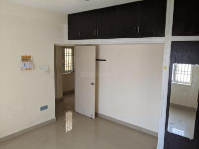 Gallery Cover Image of 1500 Sq.ft 3 BHK Apartment for rent in Madipakkam for 19000