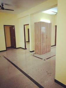 Gallery Cover Image of 1200 Sq.ft 2 BHK Apartment for rent in Hosur Municipality for 32000