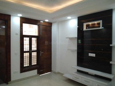 Gallery Cover Image of 1200 Sq.ft 2 BHK Apartment for rent in Sector 19 Dwarka for 16000