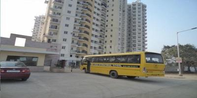 Gallery Cover Image of 984 Sq.ft 2 BHK Apartment for buy in Nimbus Express Park View 2, Chi V Greater Noida for 3247200