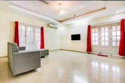 Gallery Cover Image of 5000 Sq.ft 6 BHK Independent House for rent in Kottivakkam for 100000