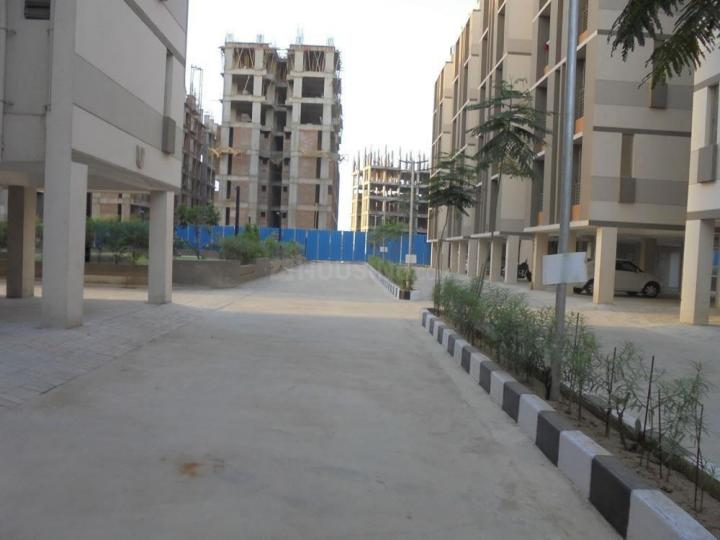 Building Image of 646 Sq.ft 1 BHK Apartment for buy in Applewoods Estate Satyesh Residency, Shantipura for 1870000