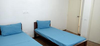 Gallery Cover Image of 2000 Sq.ft 3 BHK Apartment for rent in Thoraipakkam for 6000