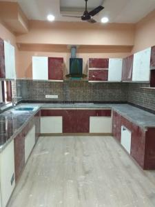 Gallery Cover Image of 1500 Sq.ft 2 BHK Independent Floor for rent in Sector 45 for 27000