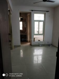 Gallery Cover Image of 1350 Sq.ft 3 BHK Apartment for rent in Supertech Eco Village 3, Noida Extension for 9000