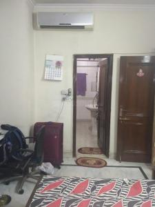 Gallery Cover Image of 1350 Sq.ft 4 BHK Independent House for buy in Janakpuri for 35000000