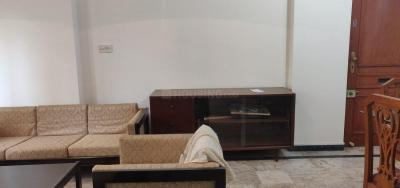 Gallery Cover Image of 1000 Sq.ft 2 BHK Apartment for rent in Glen Gate Buildings, Powai for 65000