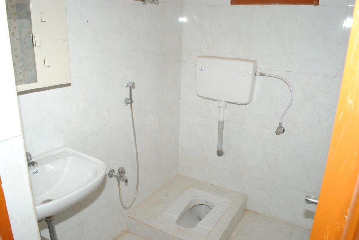 Common Bathroom Image of 1780 Sq.ft 3 BHK Independent House for buy in Poonamallee for 8200000