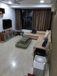 Gallery Cover Image of 950 Sq.ft 2 BHK Apartment for rent in Ajmera Beverly Hills and Royal Empire, Andheri West for 65000