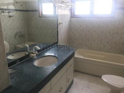 Gallery Cover Image of 3000 Sq.ft 3 BHK Independent Floor for rent in Palam for 140000