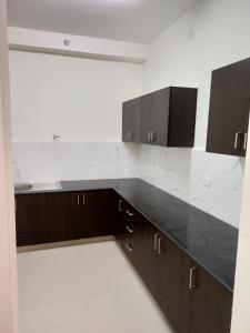 Gallery Cover Image of 1175 Sq.ft 2 BHK Apartment for rent in Mambakkam-Chengalpattu  for 10000