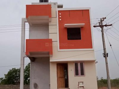 Gallery Cover Image of 800 Sq.ft 2 BHK Villa for buy in Urapakkam for 3250000