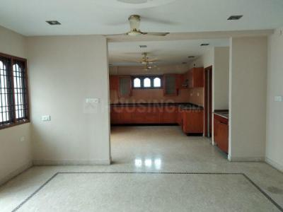 Gallery Cover Image of 1400 Sq.ft 2 BHK Apartment for buy in Nungambakkam for 16000000