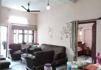 Gallery Cover Image of 1200 Sq.ft 2 BHK Independent Floor for rent in Belgachia for 16000