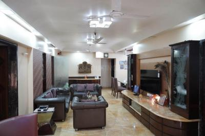 Gallery Cover Image of 1400 Sq.ft 3 BHK Apartment for buy in Deccan B CHS, Khar West for 85000000