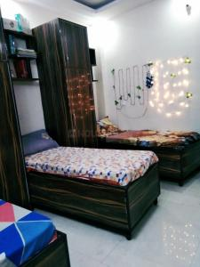 Bedroom Image of PG 5121539 Laxmi Nagar in Laxmi Nagar