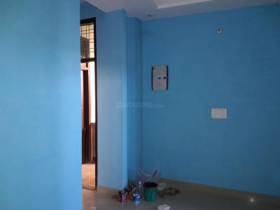 Gallery Cover Image of 600 Sq.ft 2 BHK Apartment for buy in Sector 105 for 2500000