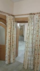 Gallery Cover Image of 2224 Sq.ft 3 BHK Apartment for rent in Kaushambi for 25000