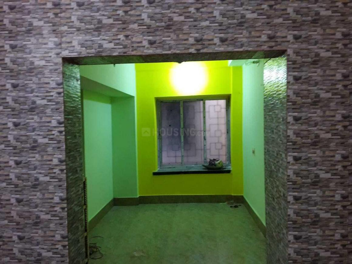 Living Room Image of 990 Sq.ft 2 BHK Apartment for rent in Keshtopur for 12000