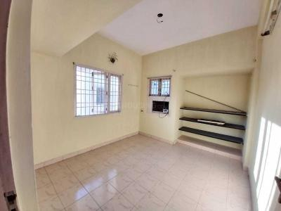 Gallery Cover Image of 985 Sq.ft 3 BHK Apartment for rent in Perambur for 15000