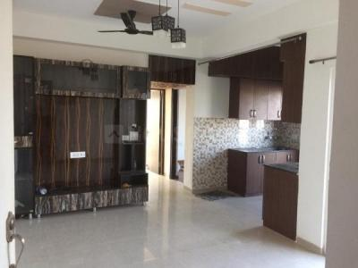 Gallery Cover Image of 1620 Sq.ft 3 BHK Apartment for rent in Omkar Royal Nest, Noida Extension for 10000