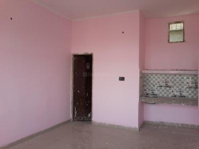 Gallery Cover Image of 280 Sq.ft 1 RK Apartment for rent in Sector 66 for 6500