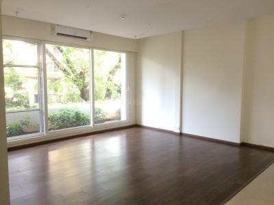 Gallery Cover Image of 742 Sq.ft 1 BHK Apartment for rent in Govandi for 40000