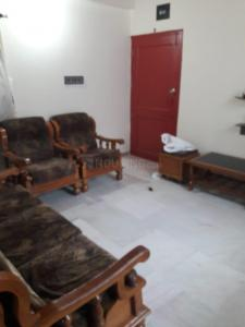 Gallery Cover Image of 1200 Sq.ft 2 BHK Apartment for rent in Chanakyapuri for 13000