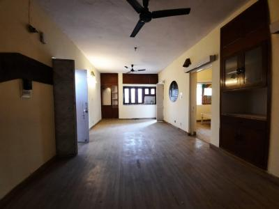 Gallery Cover Image of 1050 Sq.ft 2 BHK Apartment for buy in Sarita Vihar for 9500000