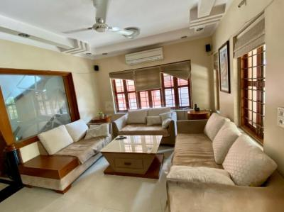 Gallery Cover Image of 3645 Sq.ft 4 BHK Independent House for buy in Vastrapur for 55000000