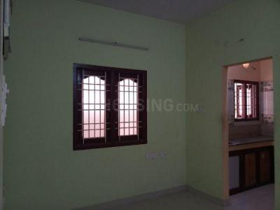 Gallery Cover Image of 890 Sq.ft 2 BHK Apartment for rent in Ramapuram for 13000