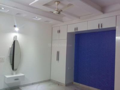 Gallery Cover Image of 1700 Sq.ft 4 BHK Apartment for buy in Niti Khand for 9145000